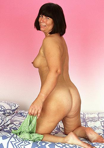 Dominante Frau ab 60
